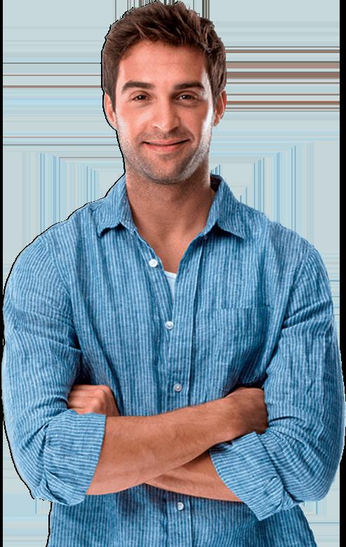 Foto de Homem vestido de azul com os braços cruzados